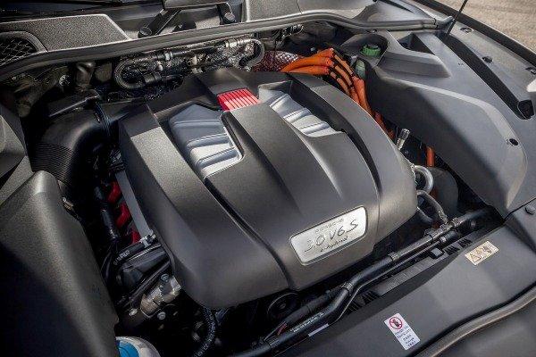 Đánh giá xe Porsche Cayenne 2017: Động cơ V6 ở bản thường a18