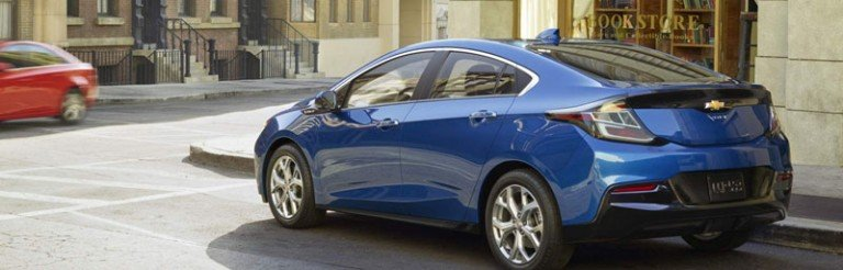ô tô điện màu xanh