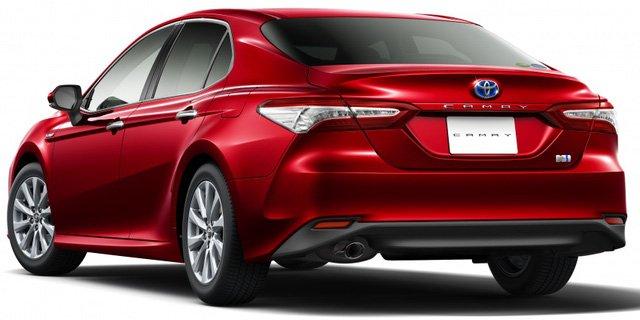 Toyota Camry 2018 phiên bản Nhật Bản không có quá nhiều khác biệt ngoại thất so với phiên bản Mỹ.