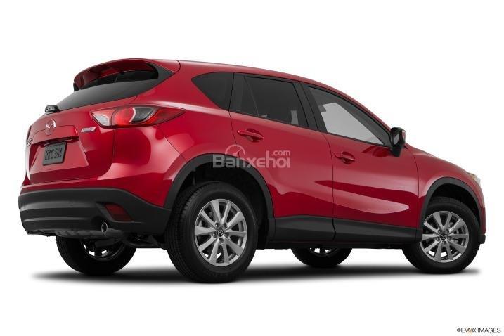 So sánh xe Hyundai Tucson CKD 2017 và Mazda CX-5 2016 về đuôi xe 10