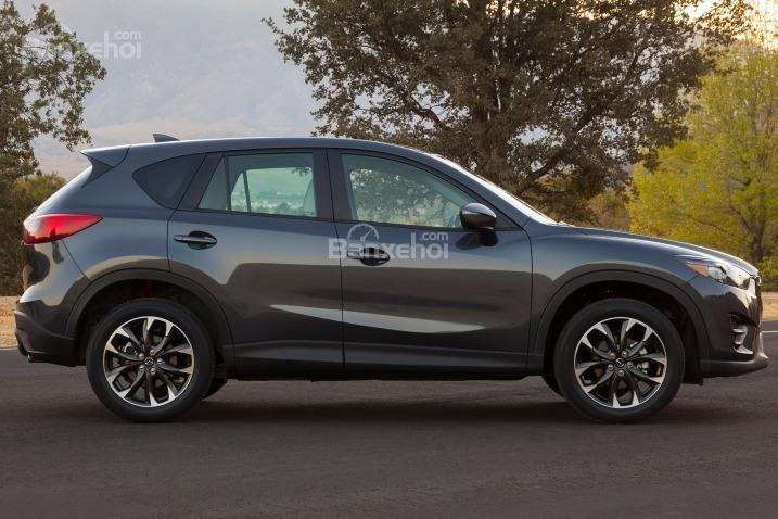 So sánh xe Hyundai Tucson CKD 2017 và Mazda CX-5 2016 về thân xe 2