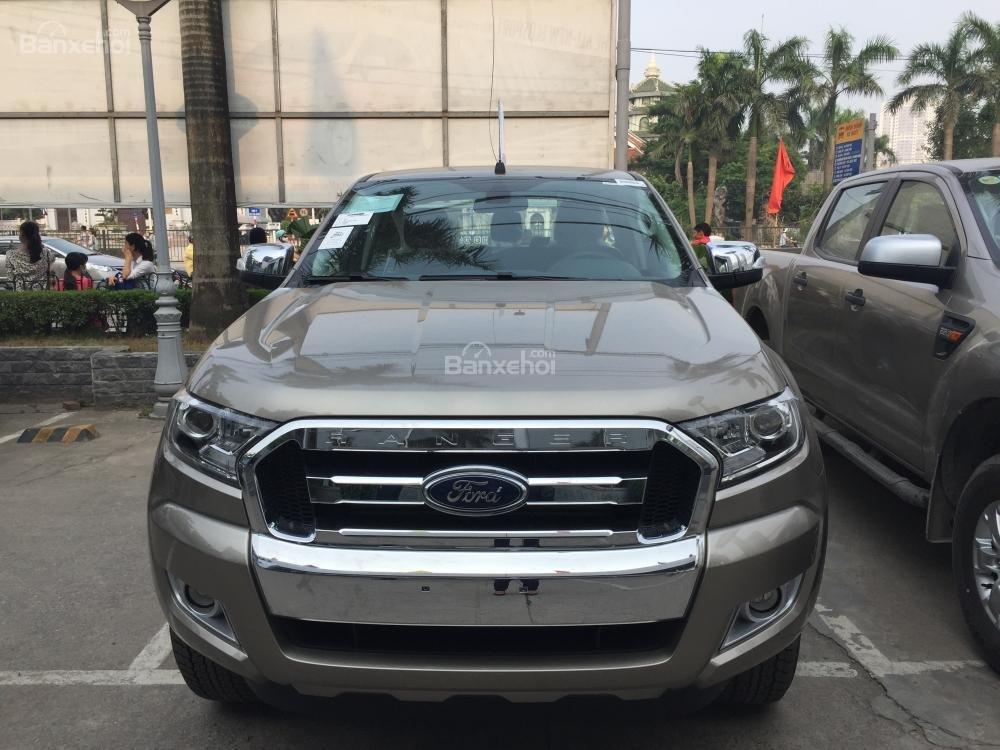 Ford Hà Nam bán xe Ford Ranger XLT 2 cầu số sàn, trả góp nhanh gọn, LH 0902212698 (1)