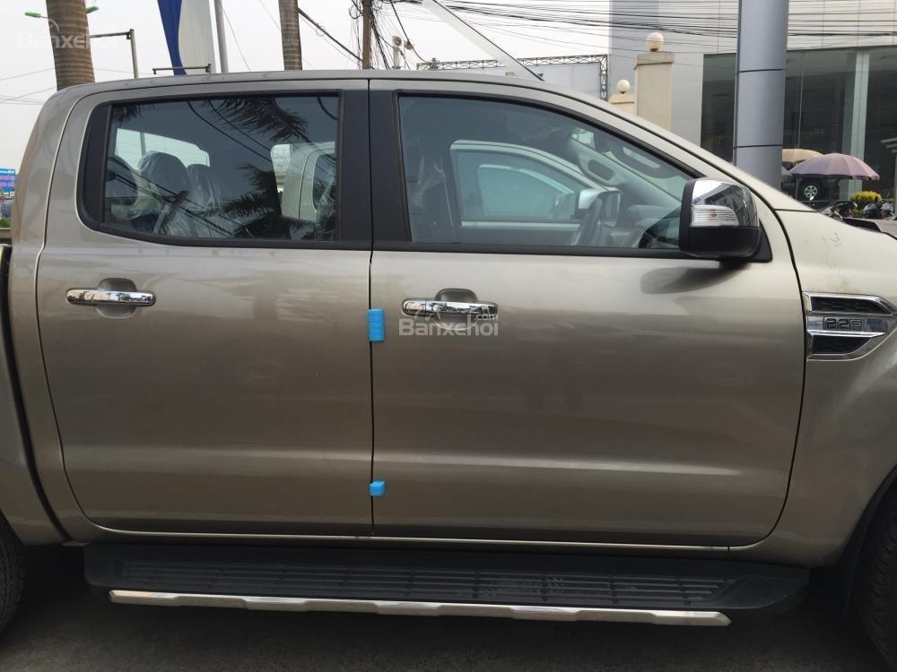 Ford Hà Nam bán xe Ford Ranger XLT 2 cầu số sàn, trả góp nhanh gọn, LH 0902212698 (4)