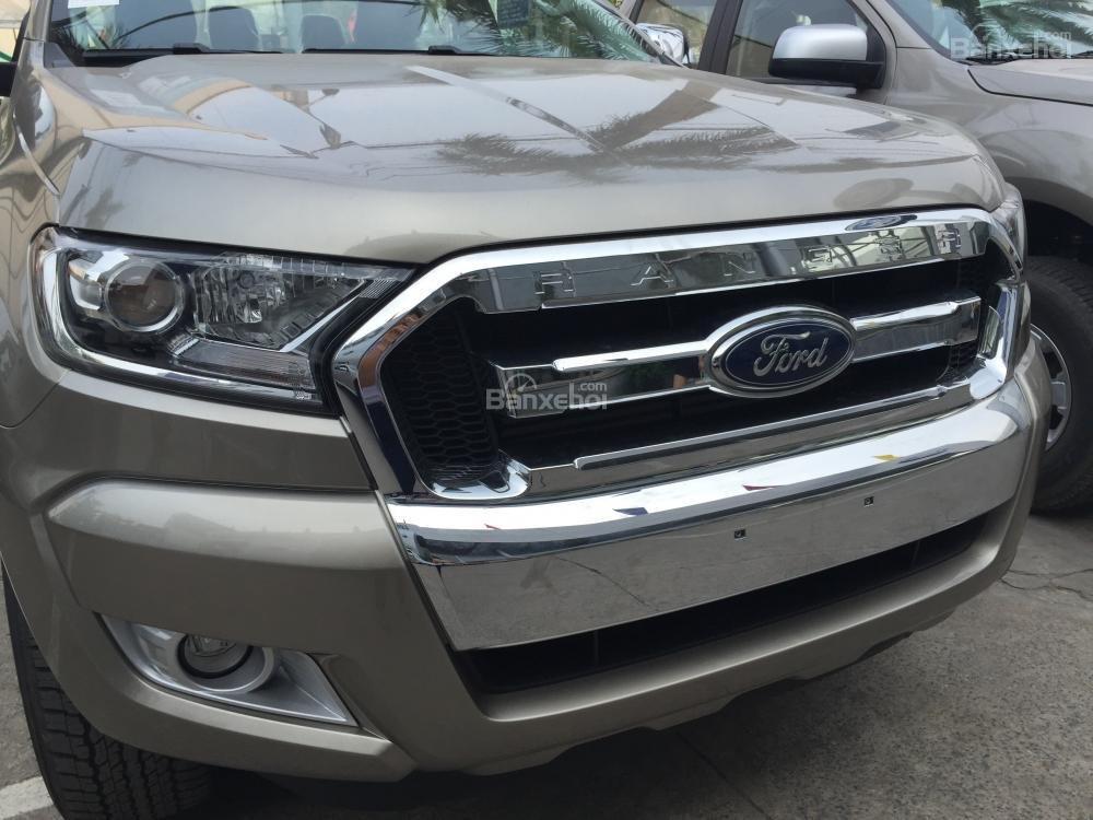 Ford Hà Nam bán xe Ford Ranger XLT 2 cầu số sàn, trả góp nhanh gọn, LH 0902212698 (5)