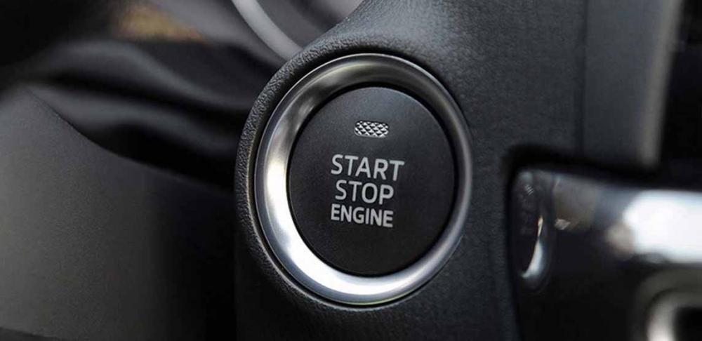 Đánh giá xe Mazda 3 2017: Nút khởi động trên xe hiện đại a16