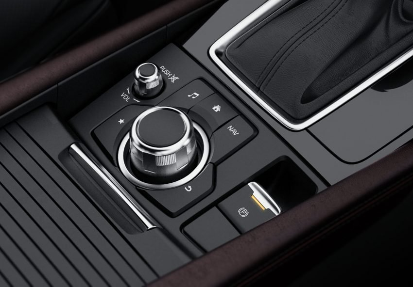 Đánh giá xe Mazda 3 2017: Xe được trang bị phanh tay điện tử an toàn a17