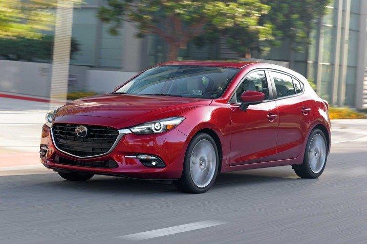 Đánh giá xe Mazda 3 2017: Xe mang dáng vẻ trẻ trung a1