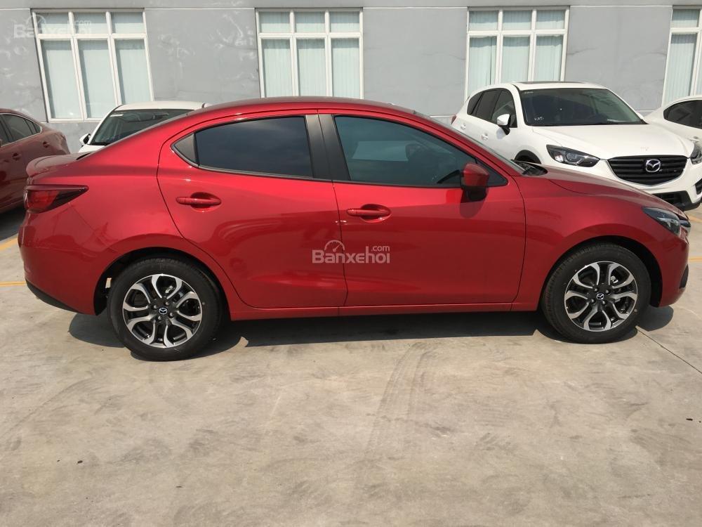 Bán Mazda 2 sedan nhập 2019, giá tốt, ưu đãi dịch vụ, trả góp tối đa, hỗ trợ lăn bánh, xe giao ngay- 0938 900 820-3