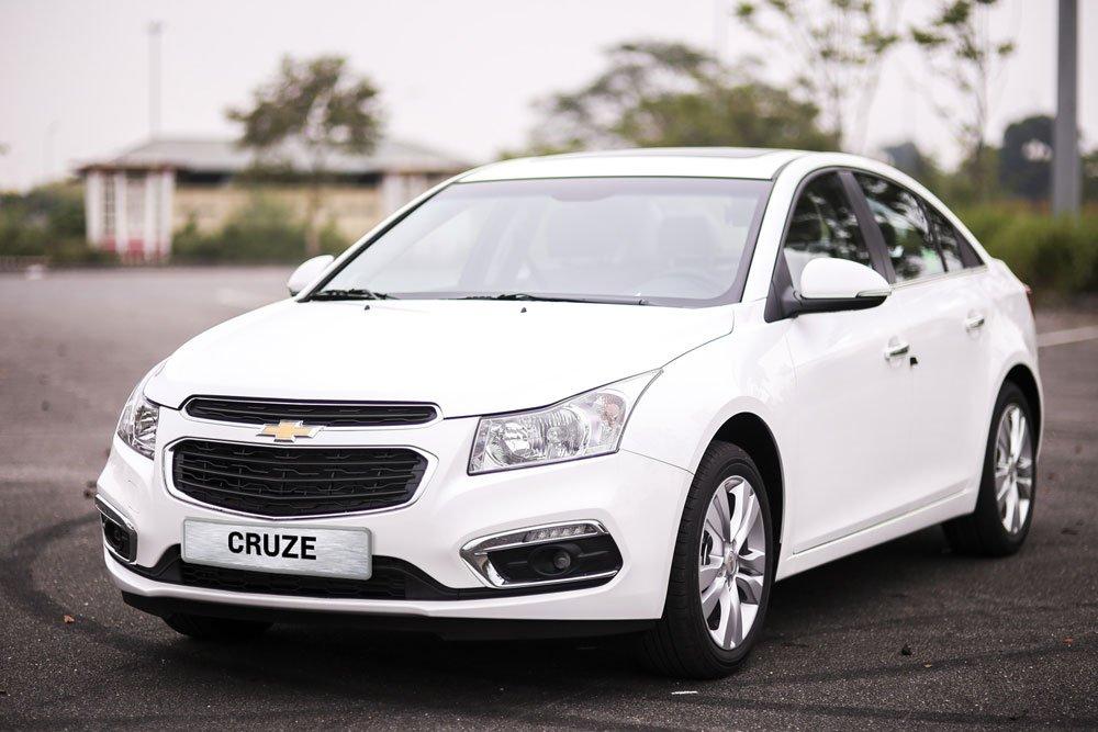 Giá xe Chevrolet Cruze tháng 9 giảm từ 60-70 triệu đồng..