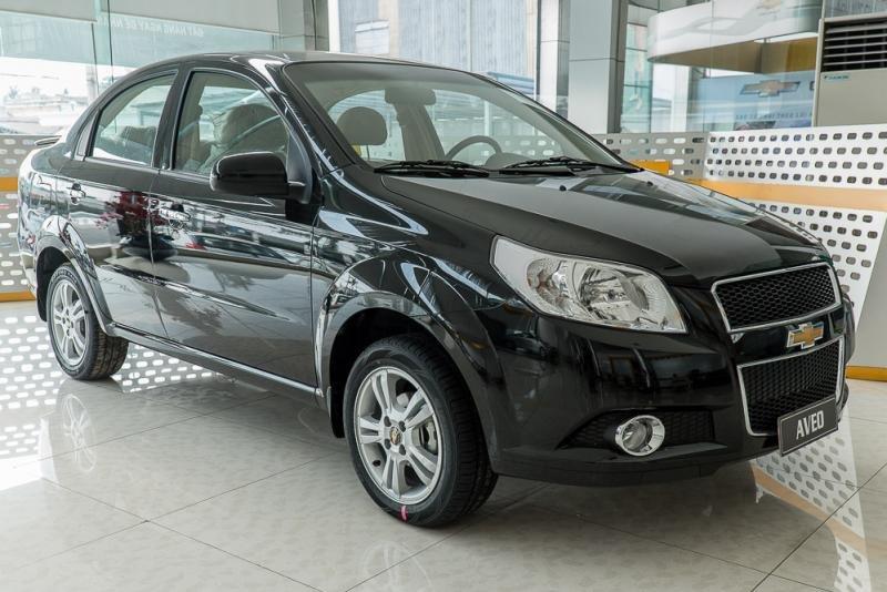 Giá xe Chevrolet Aveo có mức giảm 30 triệu đồng.