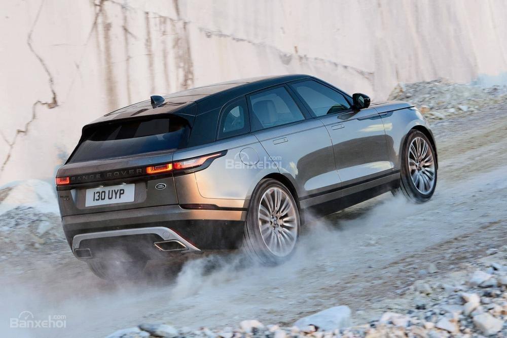 Range Rover Velar 2017 có khả năng vận hành tốt trên mọi dạng địa hình