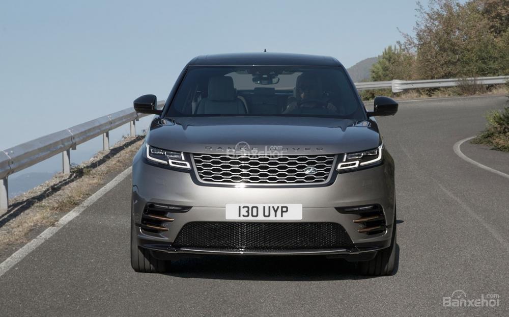 Đánh giá xe Range Rover Velar 2017 về thiết kế đầu xe