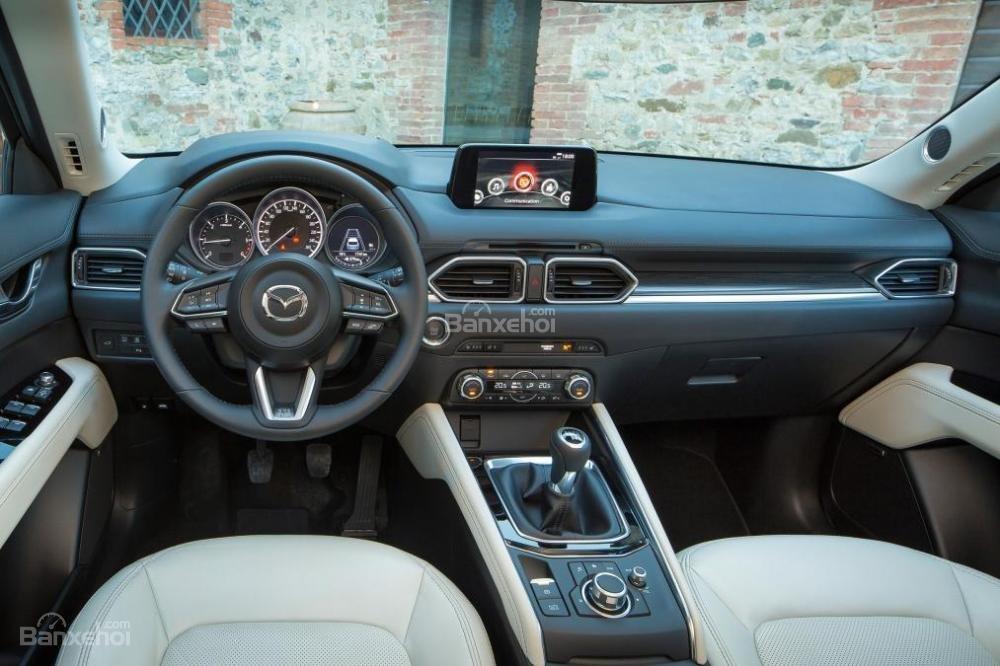 Thiết kế bảng táp lô trên Mazda CX-5 2017