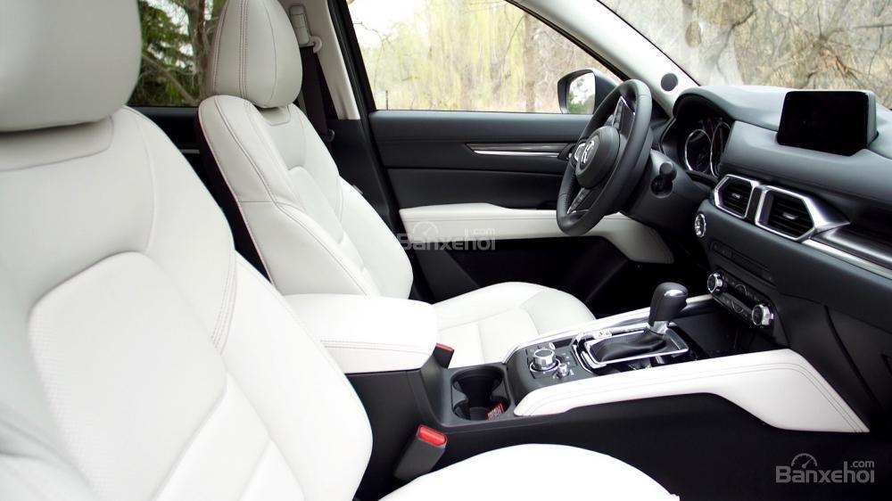 Hệ thống ghế ngồi trên Mazda CX-5 2017