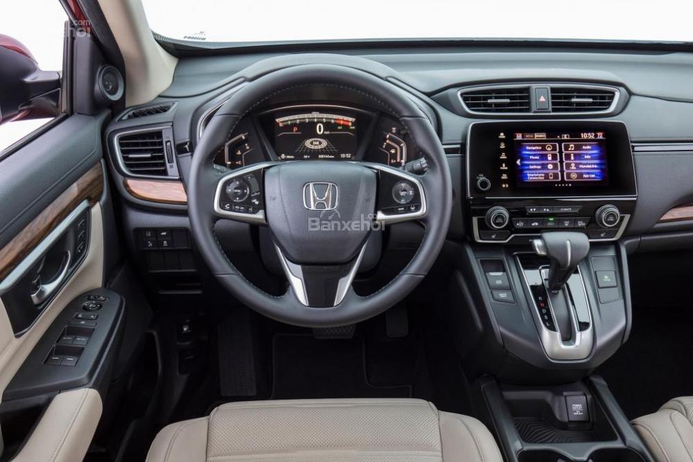Bảng táp lô trên Honda CR-V 2017