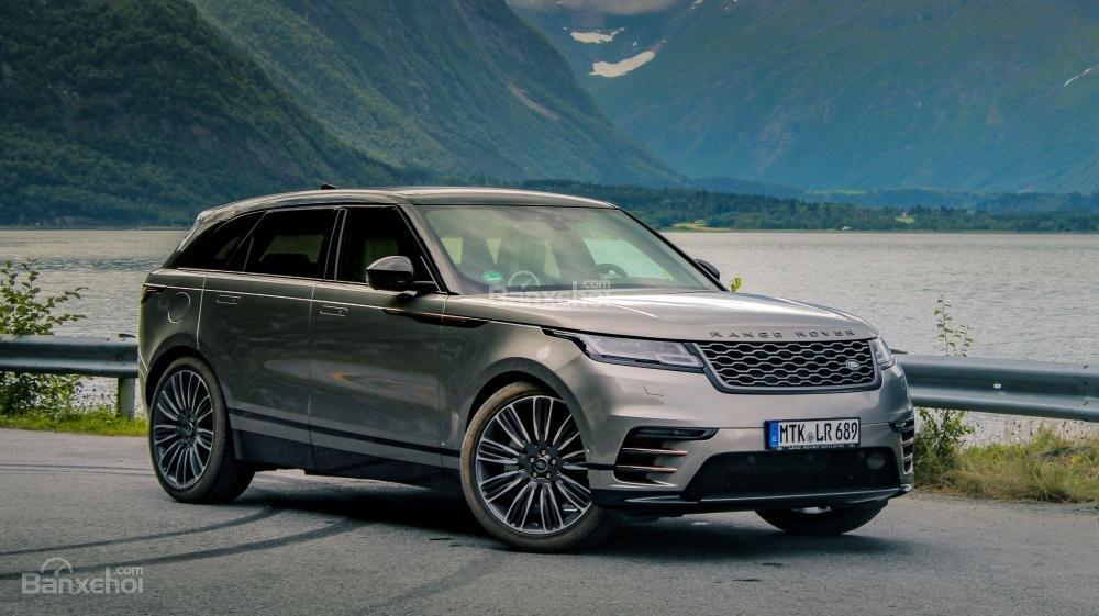 Đánh giá xe Range Rover Velar 2017: SUV hạng sang trang bị nhiều tiện nghi