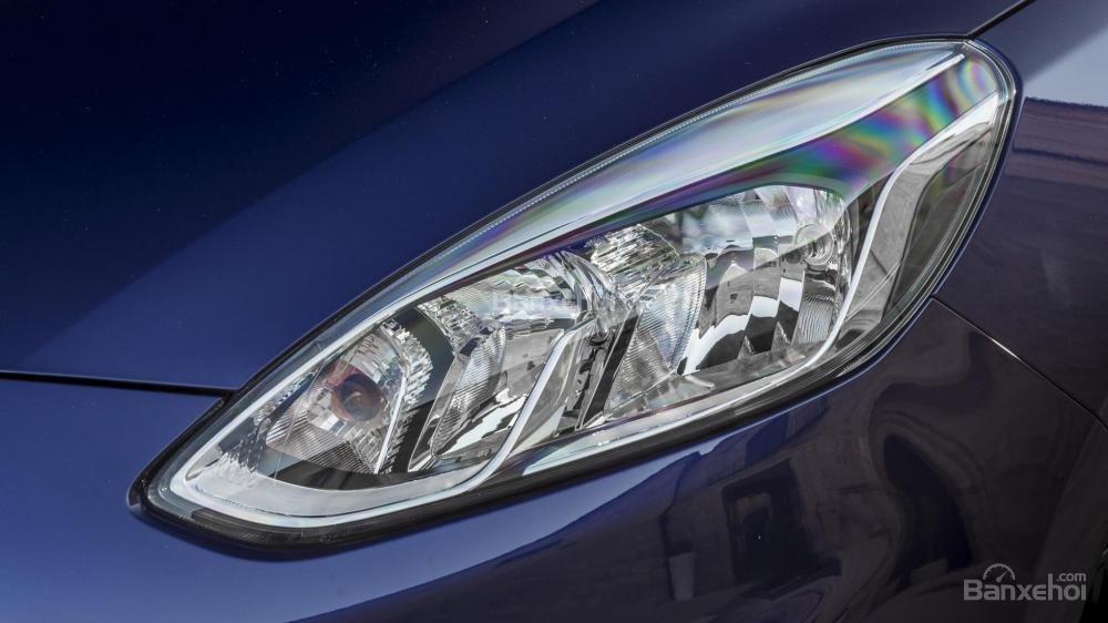 Đèn pha Ford Fiesta 2018