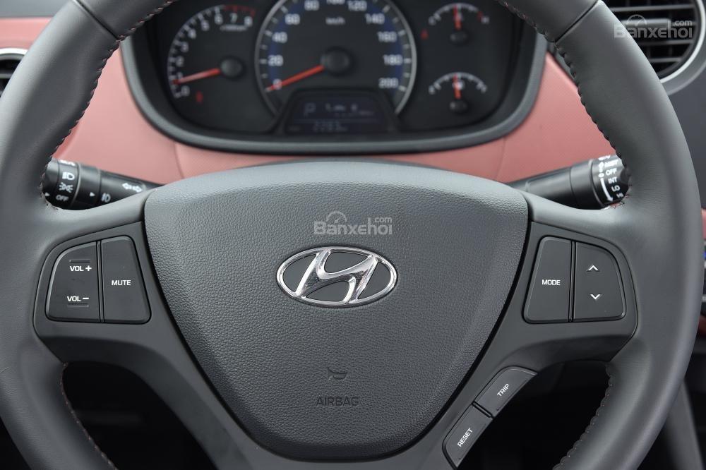 Hình ảnh nút bấm trên vô-lăng của Hyundai Grand i10 a65