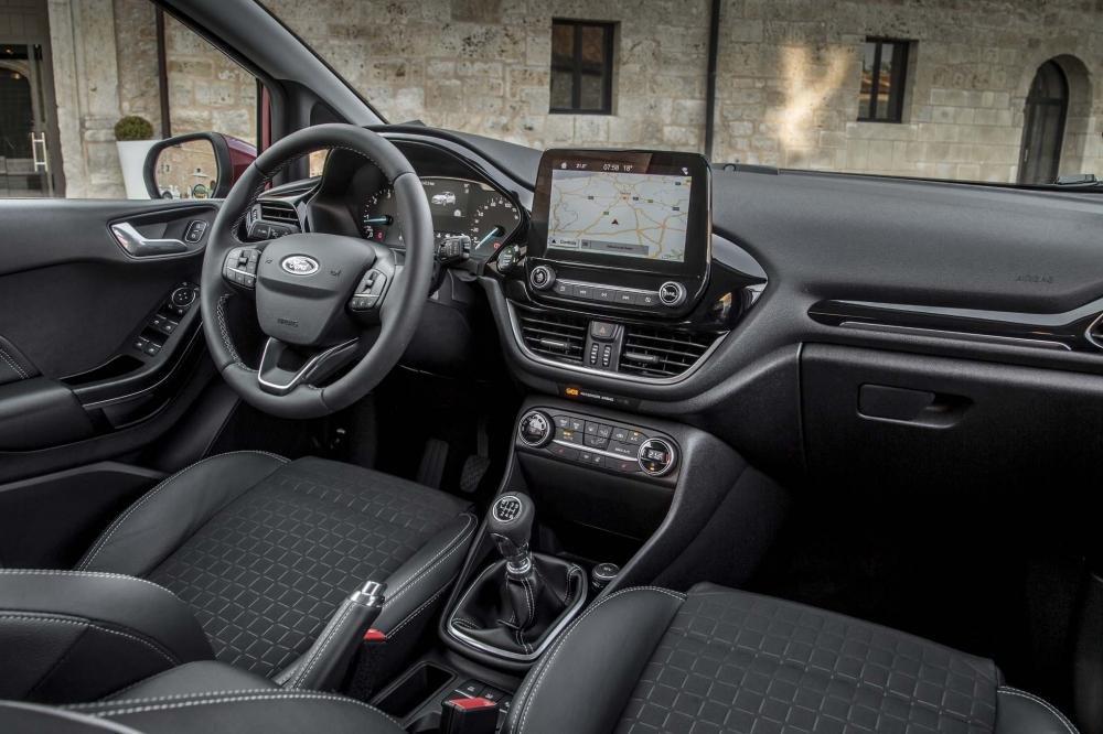 Nội thất Ford Fiesta 2018 thế hệ mới