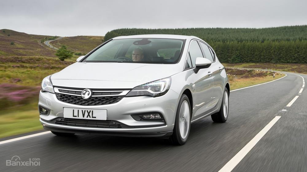 Vauxhall Astra có động cơ siêu tốt