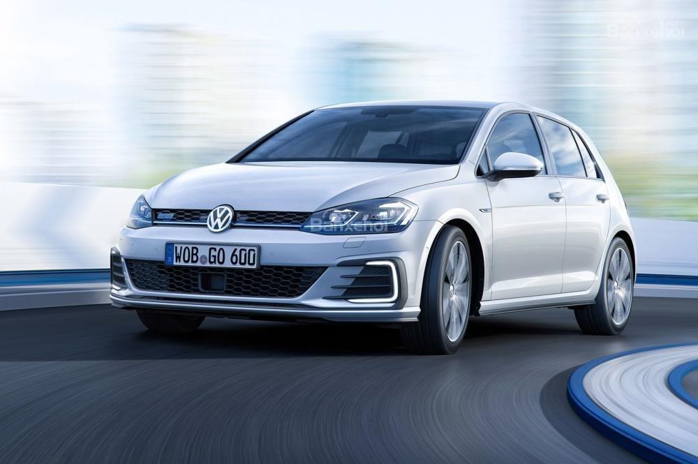 VolkswagenGolf được đánh giá là mẫu hatchback tốt nhất thế giới
