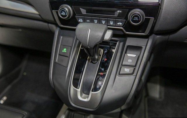 Đánh giá xe Honda CR-V 2018 bản 7 chỗ: Bảng điều khiển.