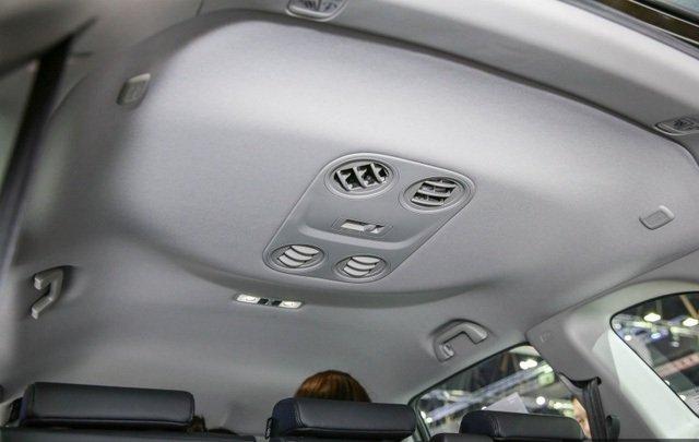 Đánh giá xe Honda CR-V 2018 bản 7 chỗ: Điều hòa trên trần của hàng ghế thứ 3.