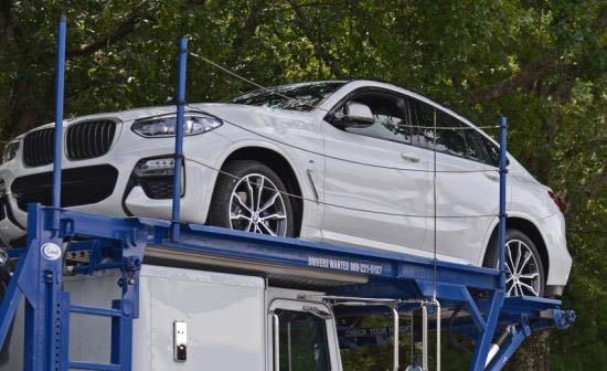 BMW X4 2018 màu trắng chụp trừ dưới