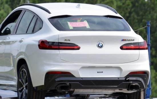 BMW X4 2018 từ phía sau