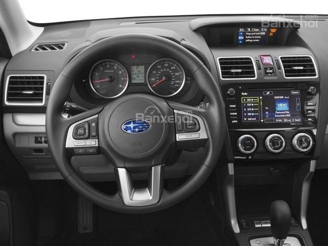 Đánh giá Subaru Forester 2017: Vô lăng 3 chấu thể thao