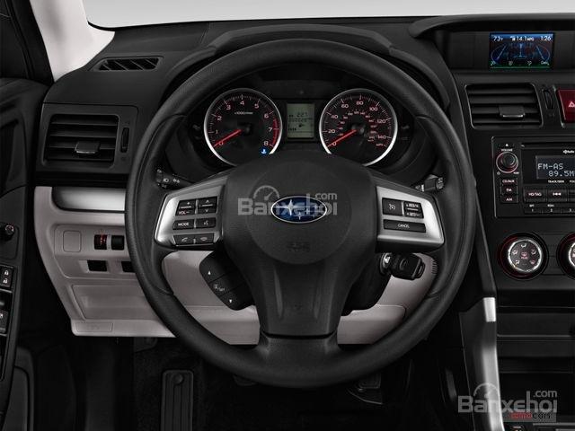 Đánh giá Subaru Forester 2017: 2 đồng hồ phía sau vô lăng giúp cho người lái dễ dàng quan sát