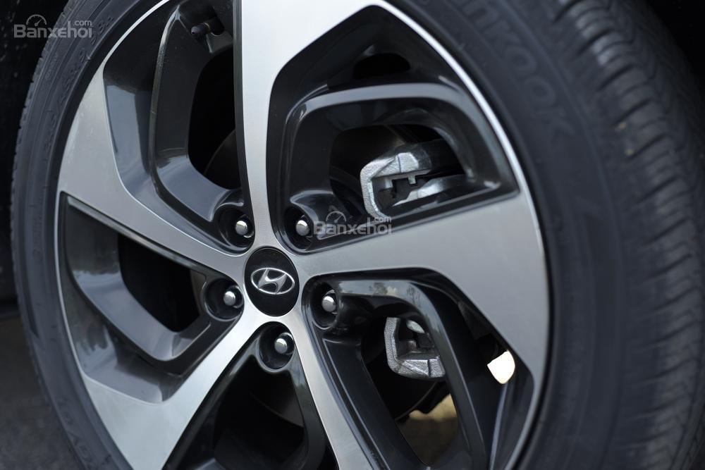 Ảnh chụp bánh xe Hyundai Tucson CKD 2017-2018