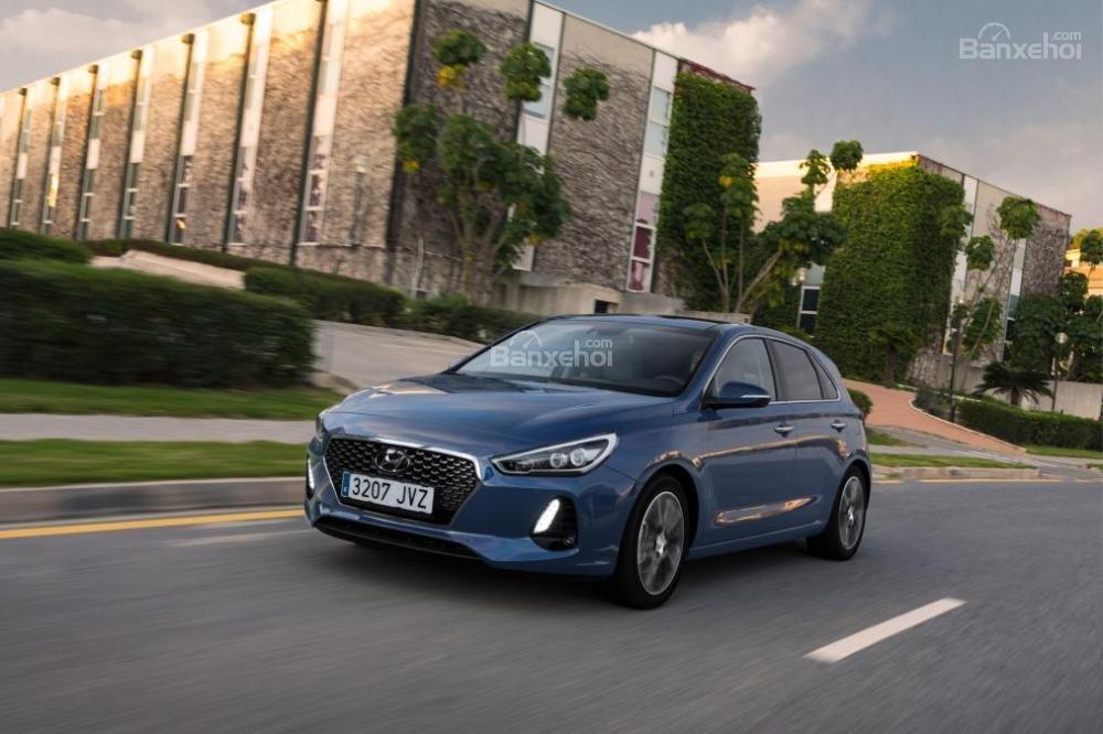 Trải nghiệm lái xe Hyundai i30 2017