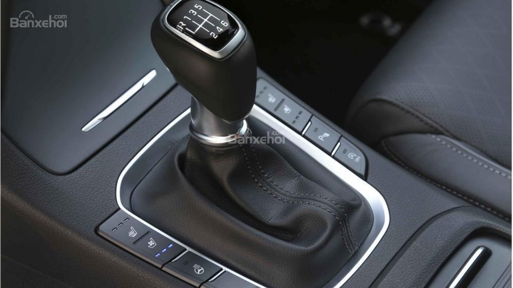 Cần số xe Hyundai i30 2017