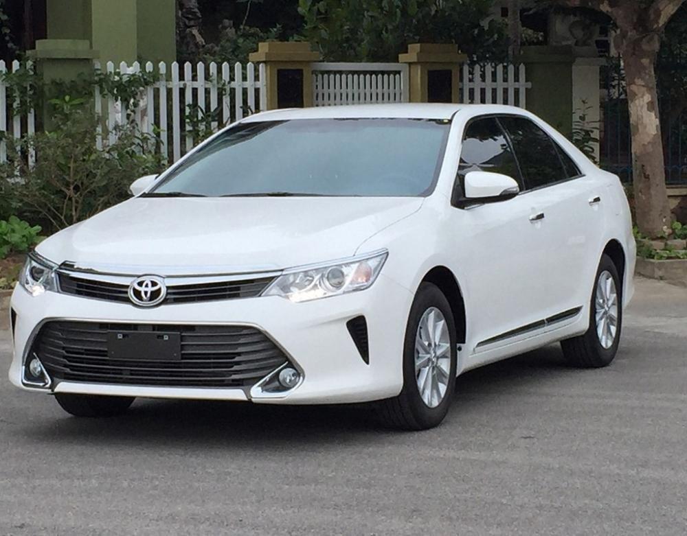 Toyota Camry .