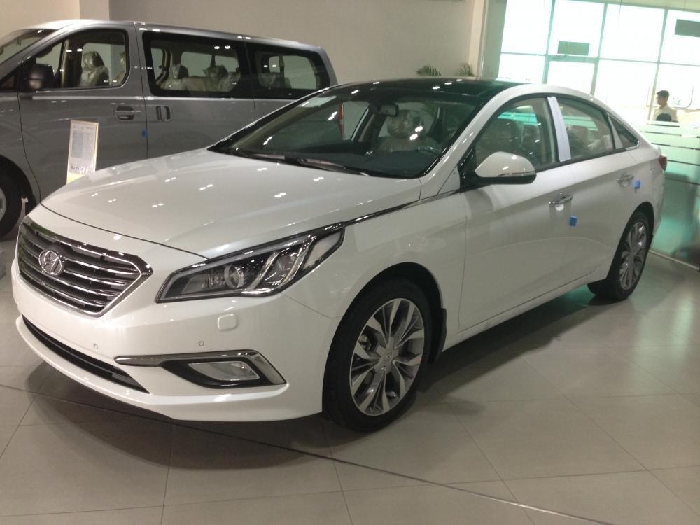 Hyundai Sonata .