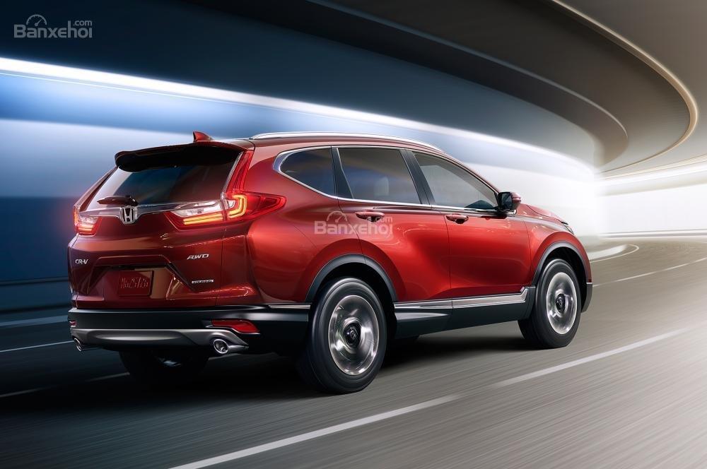 Hyundai Tucson 2017 luôn đi sau Honda CR-V 2017 về khả năng tiết kiệm nhiên liệu.