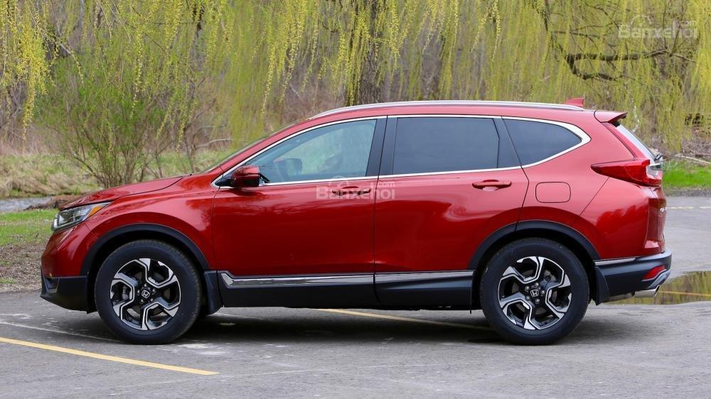 So sánh xe Honda CR-V 2017 và Hyndai Tucson 2017 về thiết kế thân xe a1