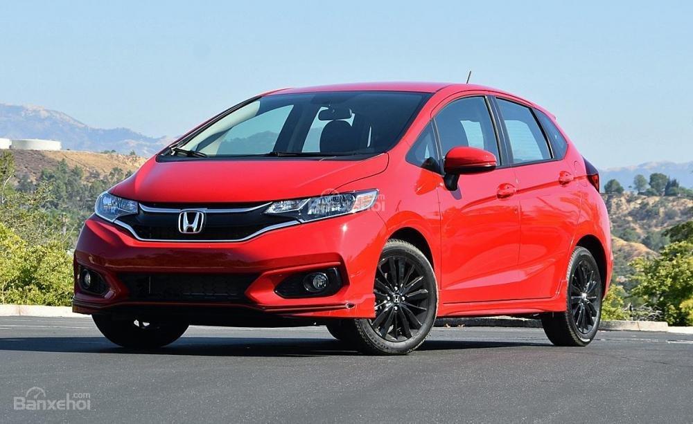 Đánh giá xe Honda Jazz/Fit 2018: Xe sử hữu nhiều cải tiến mới.