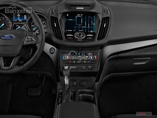 Đánh giá xe Ford Escape 2018 về bảng điều khiển trung tâm