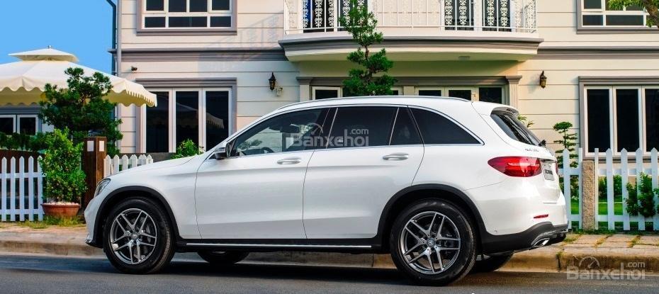 Bán Mercedes GLC 300 2019, siêu thể thao, ưu đãi cực hot-1
