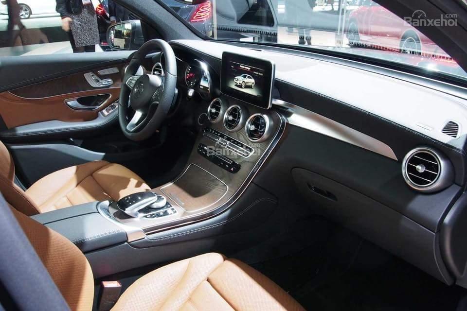 Bán Mercedes GLC 300 2019, siêu thể thao, ưu đãi cực hot-3