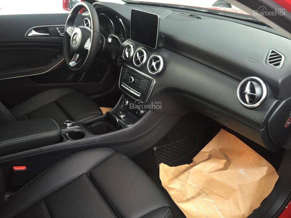 Bán Mercedes A200 2018 nhỏ gọn, nhập khẩu nguyên chiếc, ưu đãi cực hot (5)