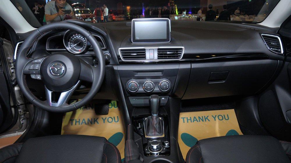 Khoang nội thất của Mazda 3 All New