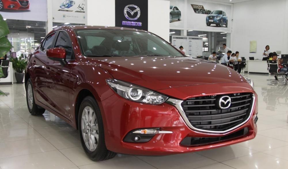 Mazda 3 2017 có màu ngoại thất đỏ