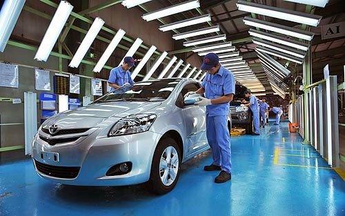 Người tiêu dùng và các hãng ô tô đang ở thế cờ khó a3