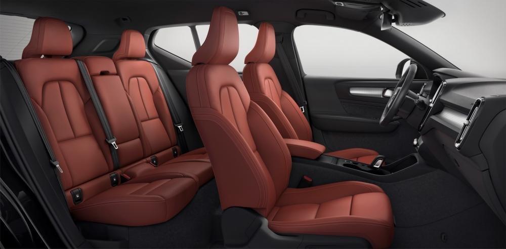 Đánh giá xe Volvo XC40 2018 về hệ thống ghế ngồi: Ghế ngồi đa dạng về chất liệu 2