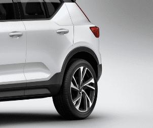 Đánh giá Volvo XC40 2018 về thiết kế thân xe: Tay nắm cửa bằng nhôm