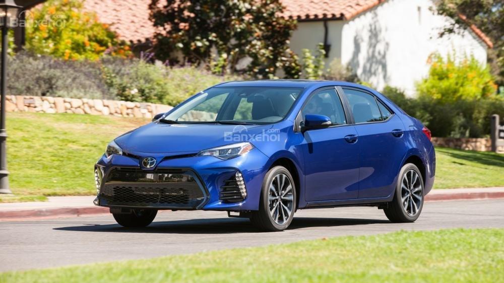 Toyota Corolla - Mẫu xe ô tô ăn khách nhất mọi thời đại.