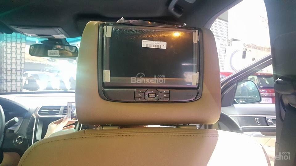 Giao xe Ford Explorer 2.3L Ecoboost Limited, bảo hành chính hãng, hỗ trợ trả góp 80%-5